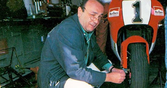 Si è spento Roberto Marchesini, l'artigiano che ha trasformato i cerchi per moto in vere e proprie opere d'arte.